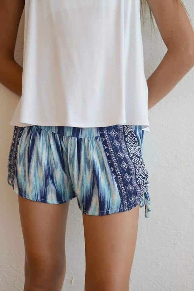 "Kiddo ""Blue Printed Side Tie Short"""