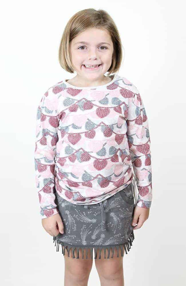 """Paper Wings Drawstring Tee """"Knitted Heart Garland"""""""