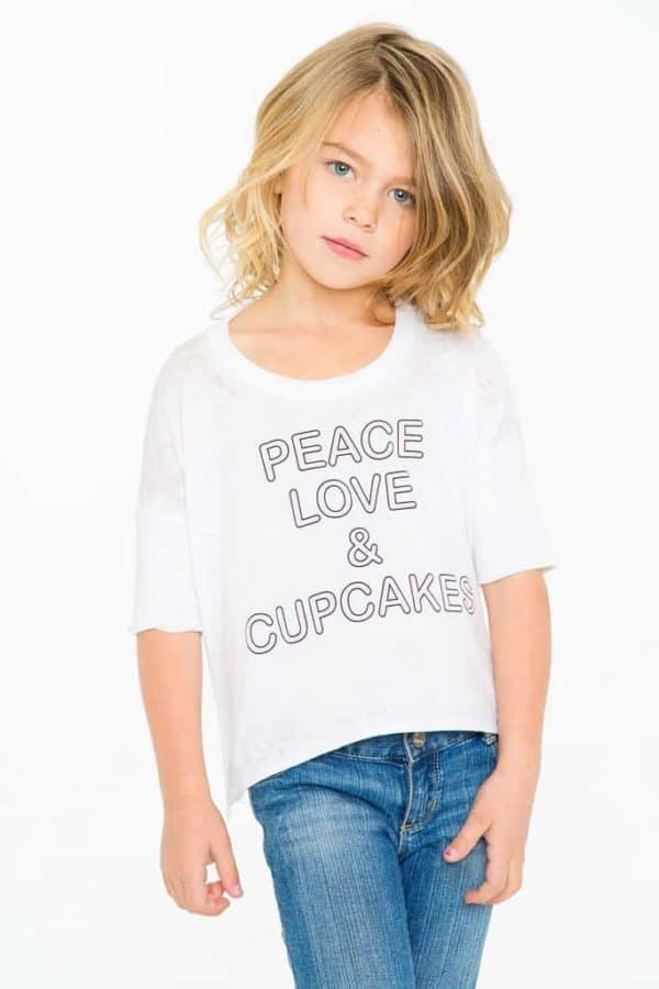 """Chaser Vintage Jersey """"Peace Love & Cupcakes"""""""
